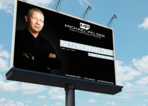 Großflächen-Plakatierung mit Kampagne DIE NETZWERKHELDEN